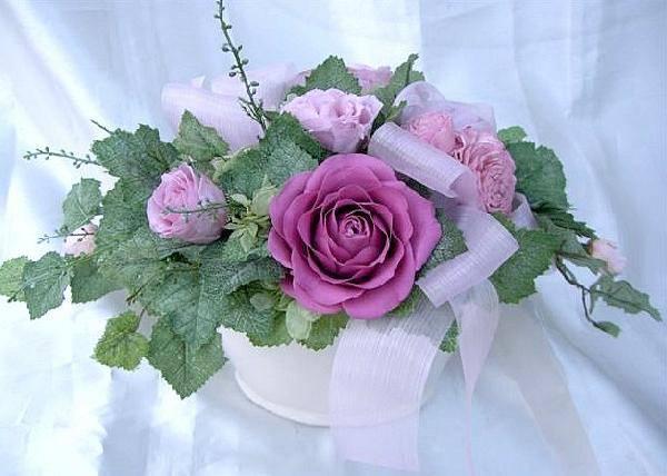 天然誕生石アクセサリー付 10月のバースデーフラワーオーバルアレンジキュートなピンクのバラプリザーブドフラワー[PW]