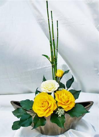 プリザーブドフラワーとは 美しく枯れない生花 花職人さんの手組 和風アレンジ ※ラッピング ※ 和み プリザーブドフラワー 値引き -山吹- 黄色いバラ PW