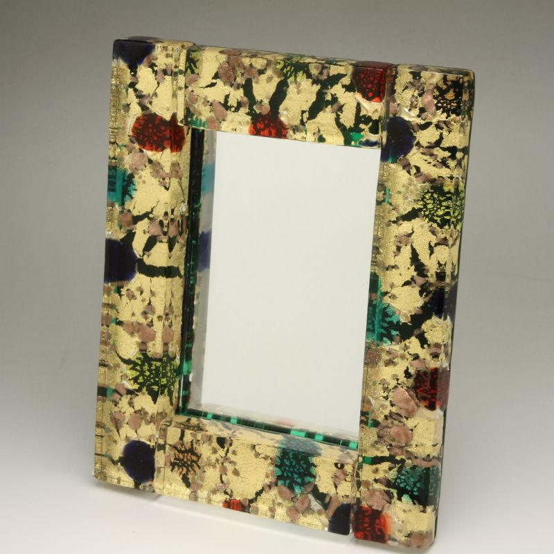 ベネチアンガラス 写真立て フォトフレーム ミラースタンド、鏡としても使えます 少し小さめサイズ ゴールド 森の中 金箔の模様が多めタイプ