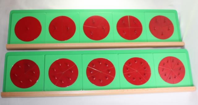 モンテッソーリ 分割円形セット ♪台(スタンド)付き、緑♪ Montessori Metal Fraction Circles with Stand