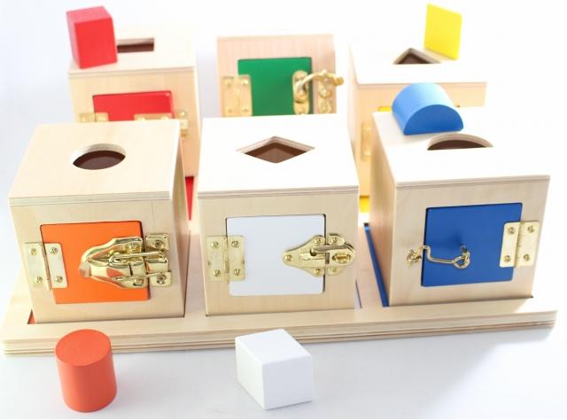 モンテッソーリ カギ箱 ♪6個セット♪ Montessori Lock Boxes 知育玩具