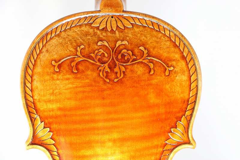 装飾バイオリン 4/4 ♪1枚裏板、オールド仕上げ♪ ストラディバリ Crafted Violin
