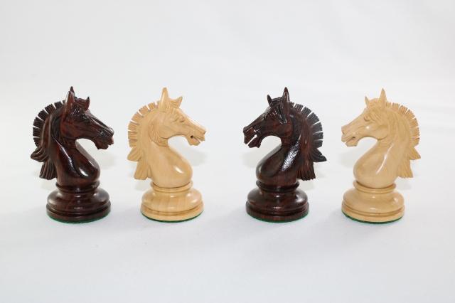 ハンドメイド高級 チェス駒セット ♪カゾリア 柘植・紫檀(ローズウッド)♪  キング4.2インチ