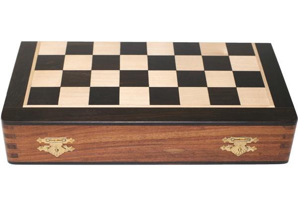 ハンドメイド高級 折りたたみ式 チェス・ボード(盤) ♪黒檀・紫檀・柘植♪  10インチ