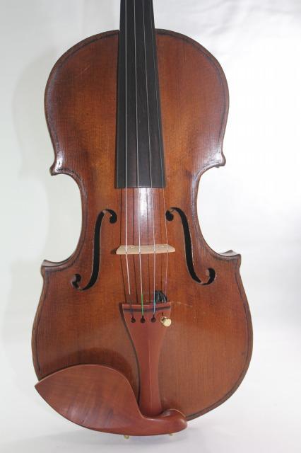 判読不明ラベル オールド バイオリン 相当古い!?