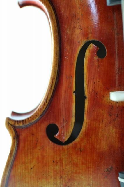 アンティーク仕上げ ♪マスター・バイオリン、レッド♪ 50年物スプルース材 ストラディバリ・モデル 4/4