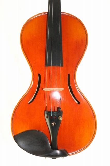 傑作 the Chanot Violin 1819モデル・バイオリン 4/4 (瓢箪ボディ、逆スクロール)