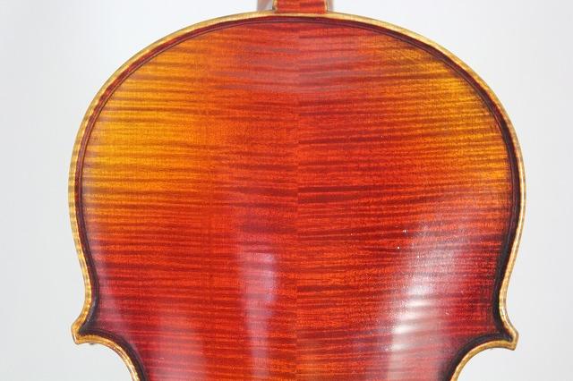ロシアンスタイル 最高級2枚板バック ストラド 4/4バイオリン ロシア人製作者