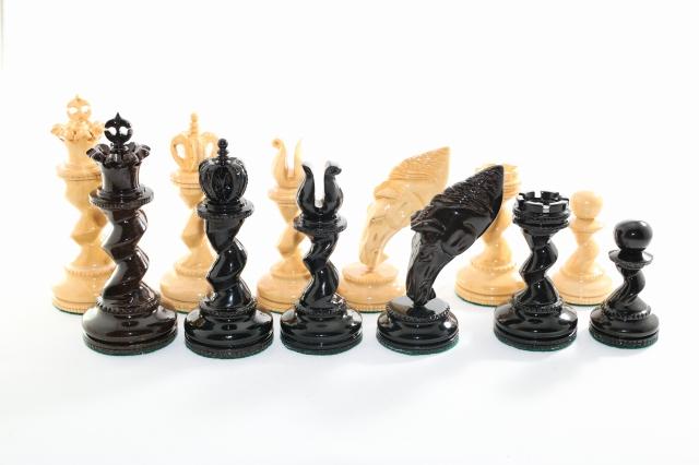 ハンドメイド高級 ホエール・ナイト チェス駒セット ♪黒檀・柘植♪  キング4.5インチ