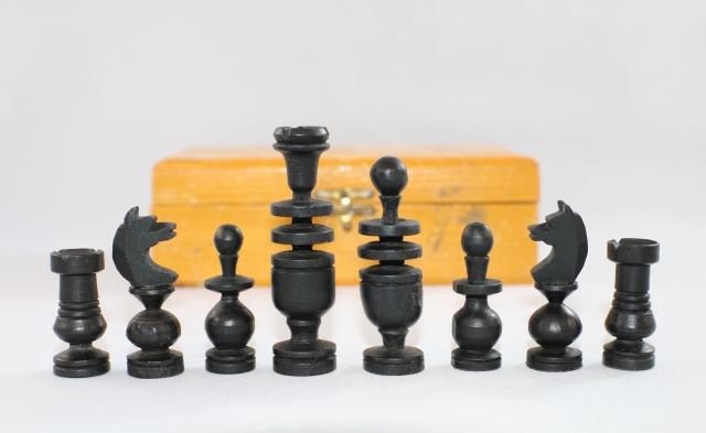 ヴィンテージ・チェス ♪フレンチ Regency♪ コンパクト折りたたみ式