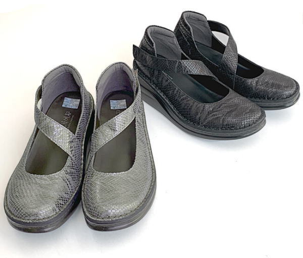 In Cholje(インコルジェ) 足に優しい靴 豚革スネークフラッシュ素材 ストラップシューズ(87721)日本製 靴 レディース 婦人靴●送料無料