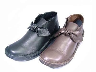 快適サポートインソールブーツ 長く飽きのこないシンプルなシューズ In Cholje インコルジェ 足に優しい靴 皮のリボン レディース ブーティー 日本製 靴 期間限定で特別価格 送料無料 高品質 8205 婦人靴