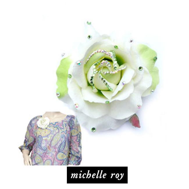 LAセレブ愛用ブランドMichelle roy ミッシェル・ロイラージローズクリップ ホワイト バラ スワロフスキーラインストーンでキラキラ♪ シルクフラワークリップ ヘアアクセサリー ブローチ  kitson キットソン 白 上品 かわいい