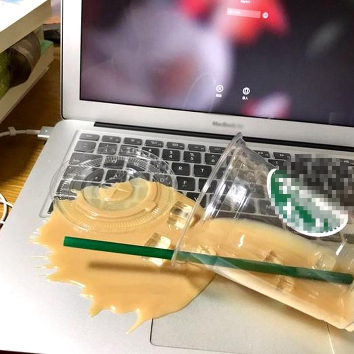 ドッキリ グッズ 転覆カップ [送料無料] どっきり いたずらグッズ 大人 おもしろグッズ おもしろ雑貨 面白 グッズ 雑貨 ユニーク ジョークグッズ Overturned cup ※北海道・沖縄県は送料有料