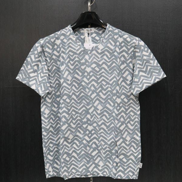 フェリシスステラ Vネック半袖Tシャツ 52サイズ 555705-X26