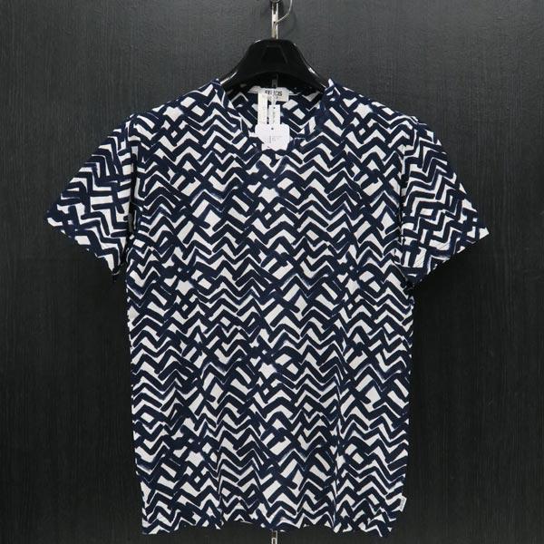 フェリシスステラ Vネック半袖Tシャツ 52サイズ 555705-K55