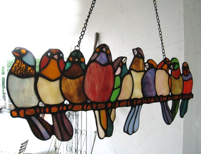 【限定製作】 ステンドグラス ステンドガラス ステンドガラス 大人気 壁掛け 鳥 吊るし 壁掛け 飾り インテリア小物 おしゃれ雑貨 小鳥 鳥 カラフル おしゃれ 送料込み 贈り物 プレゼント お誕生日祝い お祝い【送料無料】ステンドガラス 飾り枝に並ぶ鳥, cofa jewelry:f3997c0b --- totem-info.com