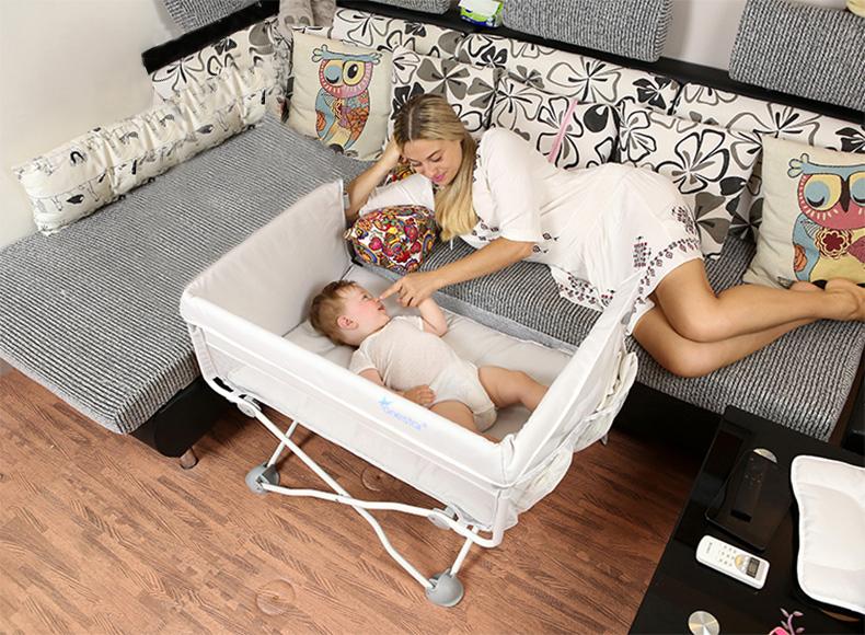 ベビーベッド 折りたたみベッド ポータブル 添い寝ベッド コンパクト 軽量 通気性良い 0~24ヶ月 プラス ロング ベビーベッド ナチュラル