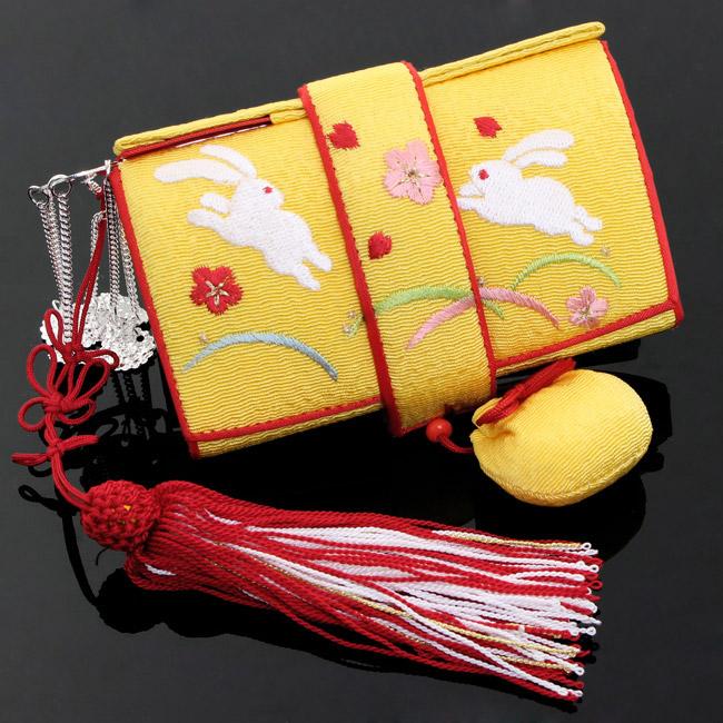 【送料無料】七五三 四つ身 7歳 筥迫(はこせこ) ちりめん正絹 うさぎ 〈黄色〉ウサギ 兎