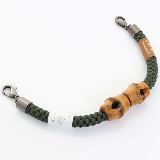 【送料無料】男性用 マグネット羽織紐 王冠 無双 竹型 〈モスグリーン〉
