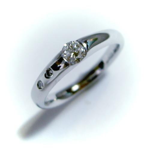 プラチナ ダイヤモンド0.235ct リング(指輪)♪