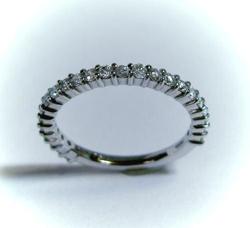 プラチナ ダイヤモンド0.5ct ハーフエタニティリング 指輪 新学期 成人式 粗品 割引
