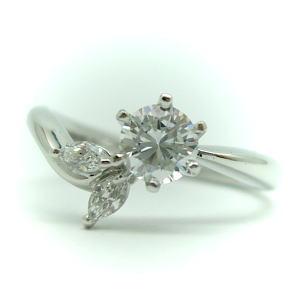 『1年保証』 プラチナ 上品 1.0ct用 リング空枠 中心のダイヤは別売り KWR-13-1.0
