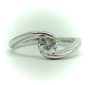 プラチナ 0.4ct・0.5ct用 リング空枠 (中心のダイヤは別売り)KWR-14-0.5♪