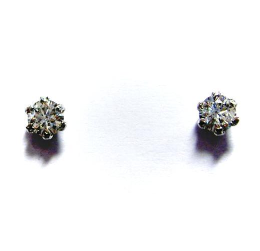 プラチナ ダイヤモンド0.28ct スタッド ピアス♪