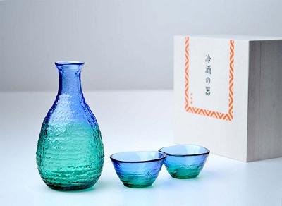 緑と青の色合わせが爽やかな酒器揃えです 東洋佐々木ガラス 品質検査済 酒グラスコレクション 酒器揃え 酒器セット G604-M77 杯 送料無料 盃 徳利