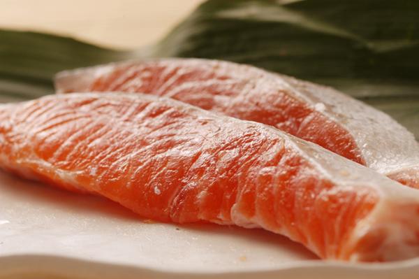 板橋区民が選んだ逸品の店 和田屋:本当に美味しい鮭、本当に脂のある鮭お届けしています!!