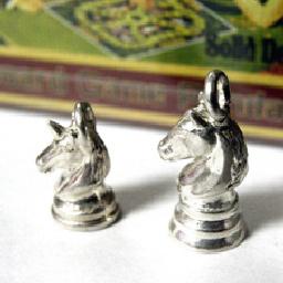 チェス ユニコーン ホース 馬 シルバー sv925 ネックレス ペンダント チャーム レディース メンズ ギフト プレゼント 人気 おしゃれ ブランド SOLID DESIGN