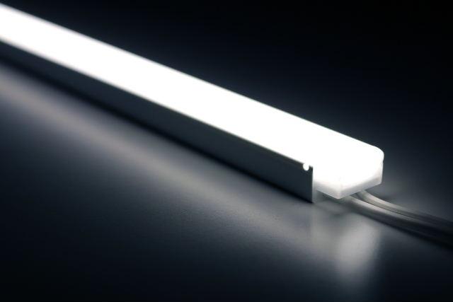 11000円以上で送料無料 TES 国産品 LIGHTING コネクタ式間接照明 tiffa 評価 ティファ TRI-702シリーズ 昼光色 0.4W 27lm 6500K 300タイプ 本体寸法289mm TRI-702-030-65