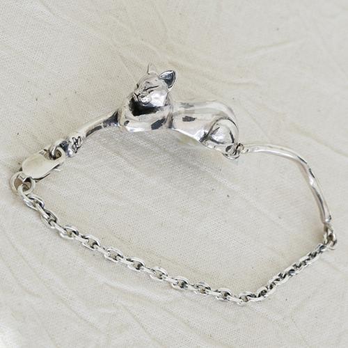 仔猫ブレスレット ねこ ネコ 腕輪 シルバーアクセサリー ジュエリー 動物モチーフ SILVER925 女性 男性 プレゼント ギフト対応