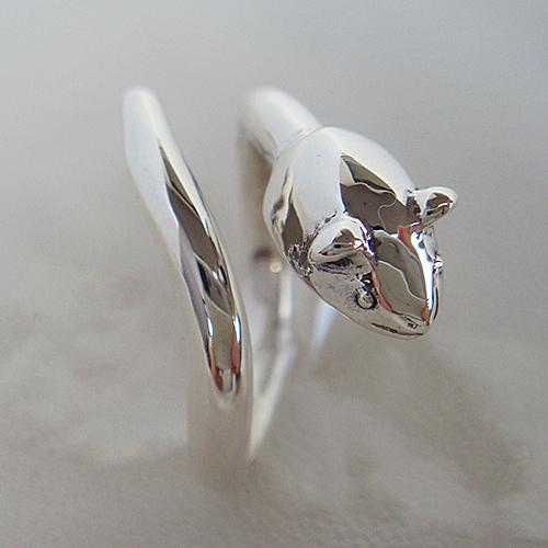 ねずみリング ネズミ 鼠 動物チーフ 指輪 指環 シルバーアクセサリー SILVER925 女性 男性 プレゼント ギフト対応
