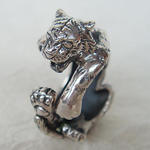 とらリング トラ 虎 タイガー 十二支 干支 寅年 動物チーフ 指輪 指環 シルバーアクセサリー SILVER925 女性 男性 プレゼント ギフト対応