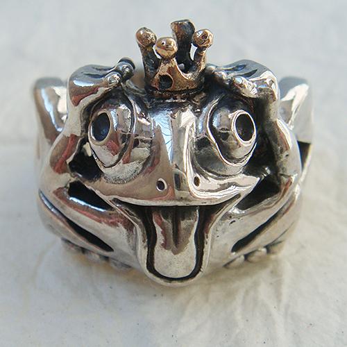 王様の頭かカエルリング 送料無料 かえる 蛙 18金 K18ピンクゴールド シルバーアクセサリー 指輪 指環 動物モチーフ SILVER925 女性 男性 プレゼント ギフト対応