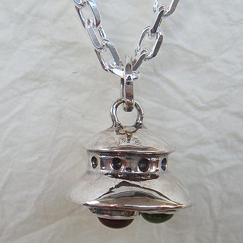 UFOペンダント(UFOネックレス)首飾り シルバーアクセサリー 天然石 ペリドット(8月誕生石) シトリン アメジスト(2月誕生石)SILVER925 女性 男性 プレゼント ギフト対応