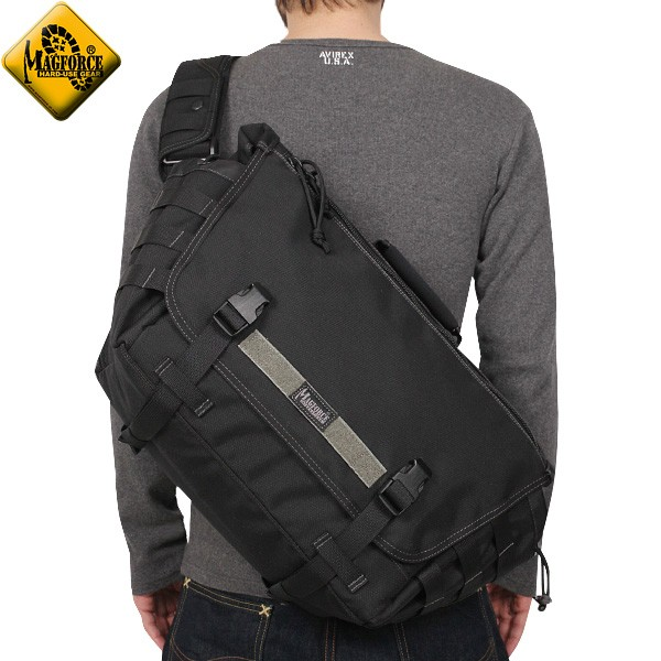 【20%OFFセール開催中】メンズ ミリタリー バッグ / MAGFORCE マグフォース MF-6023 Tactical Messenger Bag Black ミリタリーバッグ メッセンジャーバッグ《WIP》  ミリタリー 男性 旅行 ギフト プレゼント