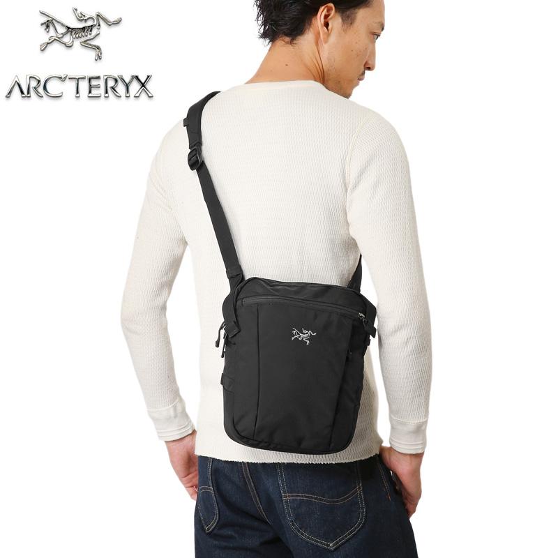 ARC'TERYX アークテリクス Slingblade 4 Shoulder Bag BLACK 66001《WIP》[Px]【クーポン対象外】