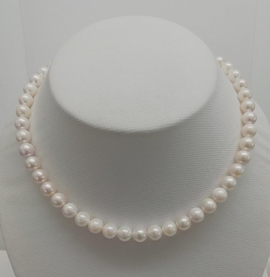 新品 送料無料 ショップ 形を重視の方には掘り出し物です あこや真珠真珠ネックレス8mm-8.5mm ラウンド ホワイトSVクラスプ花38cm39cm40cm品質保証書 082 6月 アコヤパールアコヤ真珠あこやパール