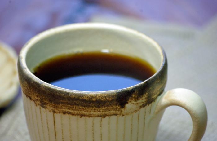 猿子燒陶杯超薄是日本風格獨特的陶器,直接從手工製作的日本料理充滿了溫暖。 最受歡迎的陶瓷 (杯子) 將可以把你的名字 (徽標和名稱)