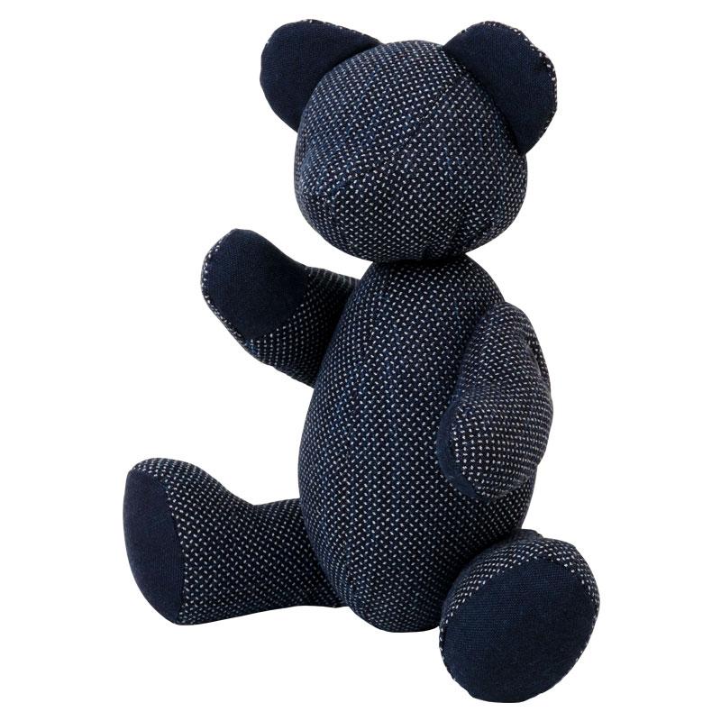 小島屋 藍染めベア・あいくま 剣道着素材の刺子織/ブルー×ホワイト 武州正藍染の置物 クマの人形 テディベア 埼玉県の工芸品 Bear doll made of indigo dye fabric, Saitama craft