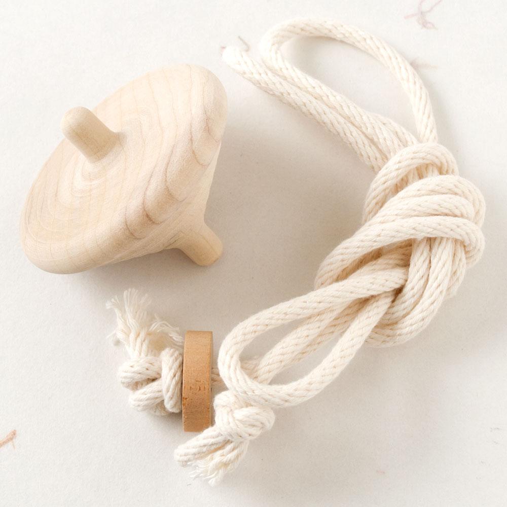 子供でもらくらく独楽回し ラクコマII 大 投げ独楽 物品 木地 福岡県の木工品 Fukuoka ショッピング top Nagekoma crafts Throw