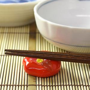 Japanese sweet chopstick rest kneading on fire limit rouge camellia of the Hirota glass glass
