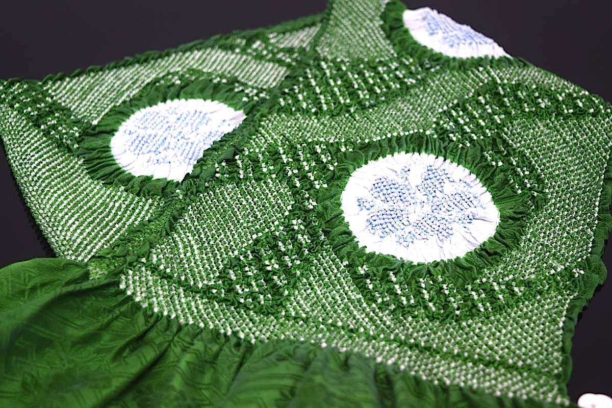 【振袖用帯揚げ】高級正絹総絞り帯揚げ「流水に桜(緑×ブルー)」
