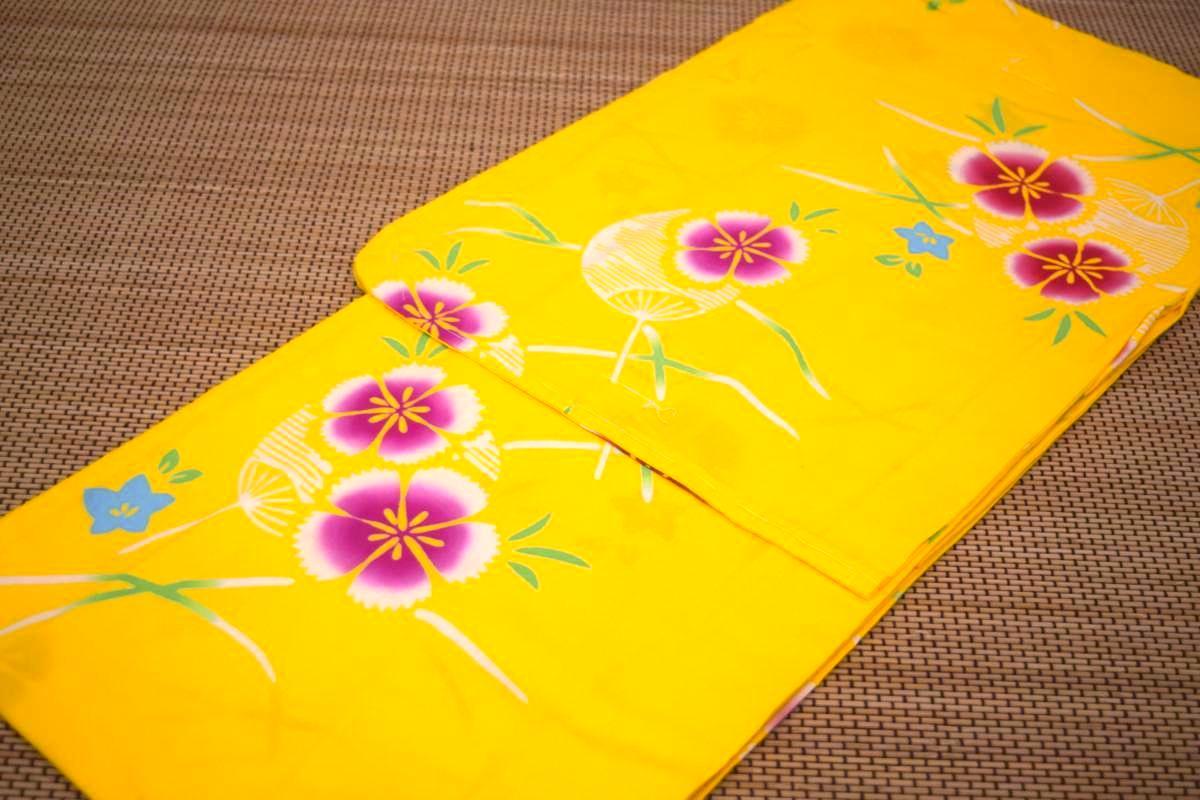 子供浴衣・ジュニア浴衣・女の子【150cm】日本製・注染本染めゆかた「黄色地に撫子とうちわ」
