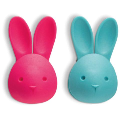 文房具 引き出物 便利 開けにくい袋もきれいに開けてくれる便利なうさぎ 磁石がついているので NEW 冷蔵庫などにつけておけば必要な時にすぐに見つかります メール便 うさぎ バックオープナー Peleg Design 冷蔵庫 bag-bunny ペレグデザイン マグネット 磁石 かわいい おしゃれ バッグバニー WakuWaku