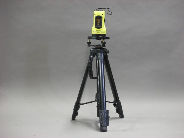 時間指定不可 A送料 期間限定 商品代金15000円以上で送料無料 レーザー墨出し器 未使用 水平器 k023 クロス 測量用品 壁紙 建築機器 測量機器