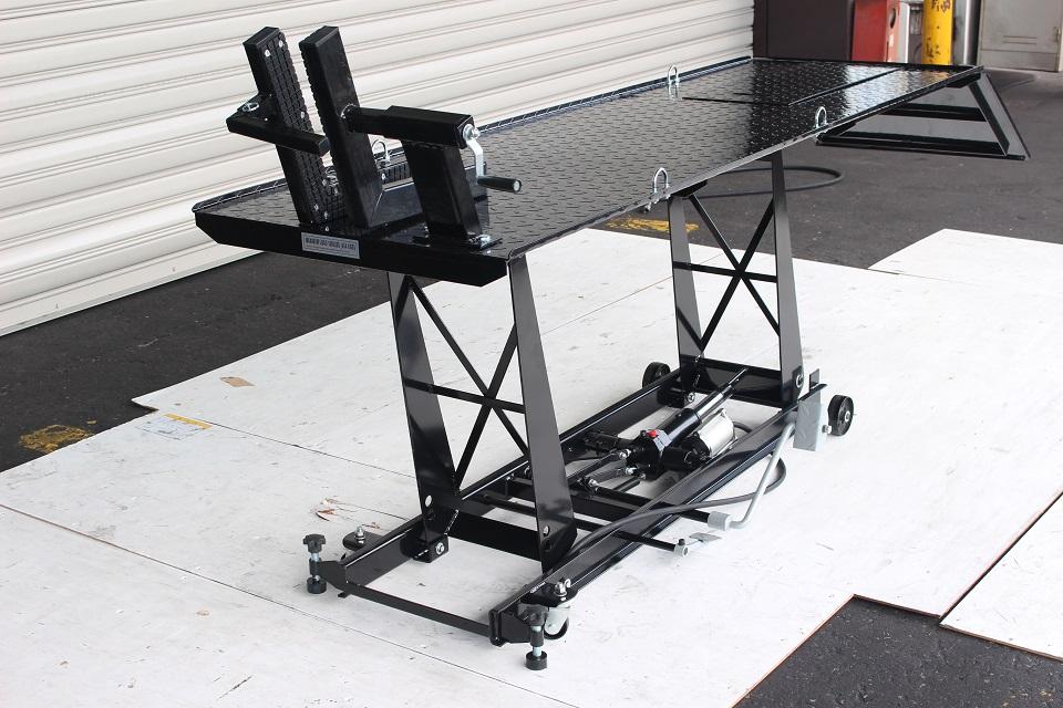 大型商品 送料無料対象外 k1923 エアー式バイクリフト450kg メンテナンスリフト 価格交渉OK送料無料 セール開催中最短即日発送 バイクジャッキ ガレージ機材